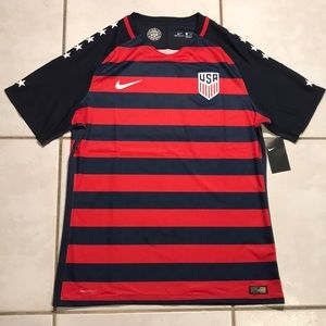 NWT NIKE AEROSWIFT USA National Team 2017 Jersey